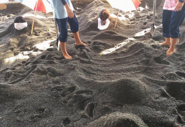 Sand steam bathing